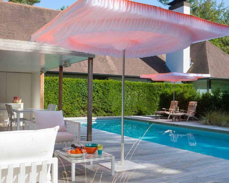Mekanlarınız için birbirinden şık ve kaliteli şemsiye çözümleri Lara Concept 'de! Cafe dekorasyonu, otel dekorasyonu, restaurant dekorasyonu, otel şemsiyesi, cafe şemsiyesi, restaurant şemsiyesi, büyük güneş şemsiyesi, büyük bahçe şemsiyesi, otel ekipmanları, cafe ekipmanları, dekorasyon fikirleri, farklı cafe konseptleri, beach club, yandan direkli şemsiye, güneş şemsiyesi, dış alan şemsiyesi, teras şemsiyesi, tasarım, bahçe şemsiyesi