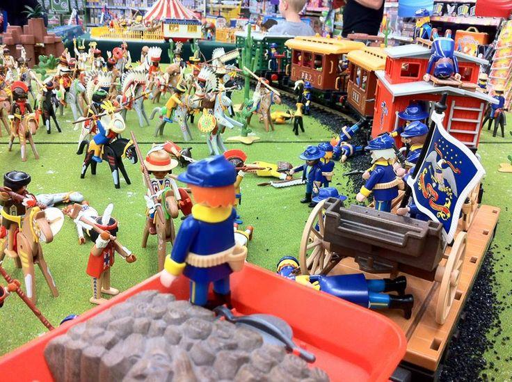 alizobil - diorama playmobil western - attaque du train par les indiens…