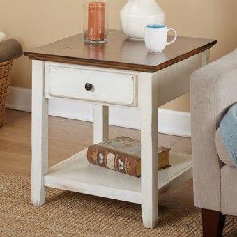 Χειροποίητο βοηθητικό τραπεζάκι από ξύλο σουηδικού πεύκου σε λευκή αντικέ απόχρωση με καφέ επιφάνεια και ένα συρτάρι αποθήκευσης.