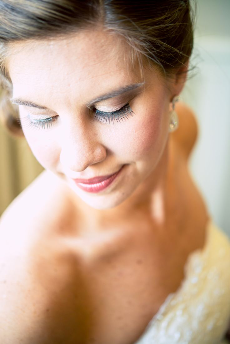 The #bride and her #beautiful #makeup. Isnt she #stunning ...