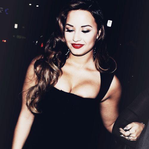 Baixar Demi Lovato - I Will Survive Grátis MP3