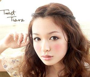 ねじって留めてすぐかわいい♡「ねじり前髪」アレンジで即効イメチェンしよ! - M3Q - 女性のためのキュレーションメディア