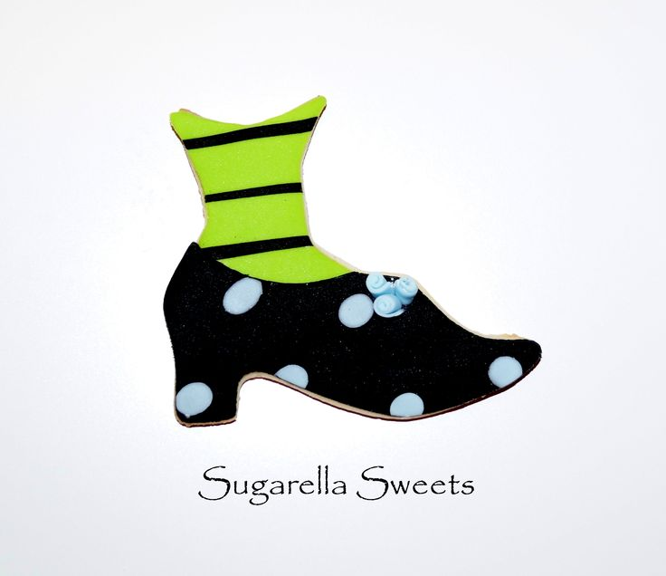 Halloween witch shoe cookie. Perfect  to give away as party favors. Go to www.SugarellaSweets.com for more ideas
