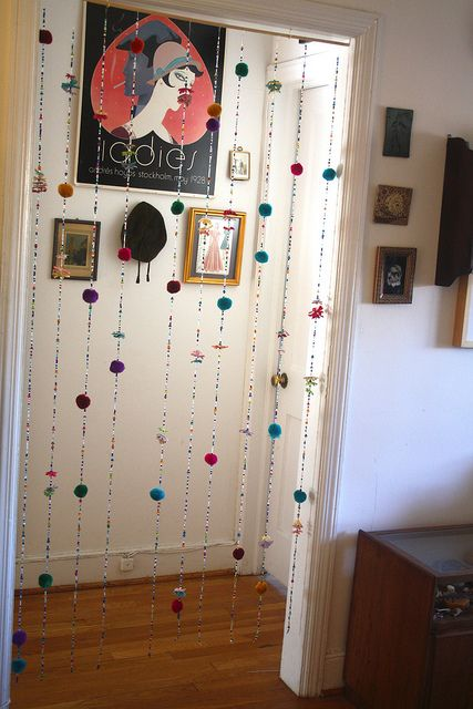 Beaded curtain (instead of doors for the girls closet)