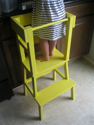 Cooking helper kitchen tower - Ikea stool hack @melkel714 @jenleigh215 @missywillard this could be perfect for your littles!