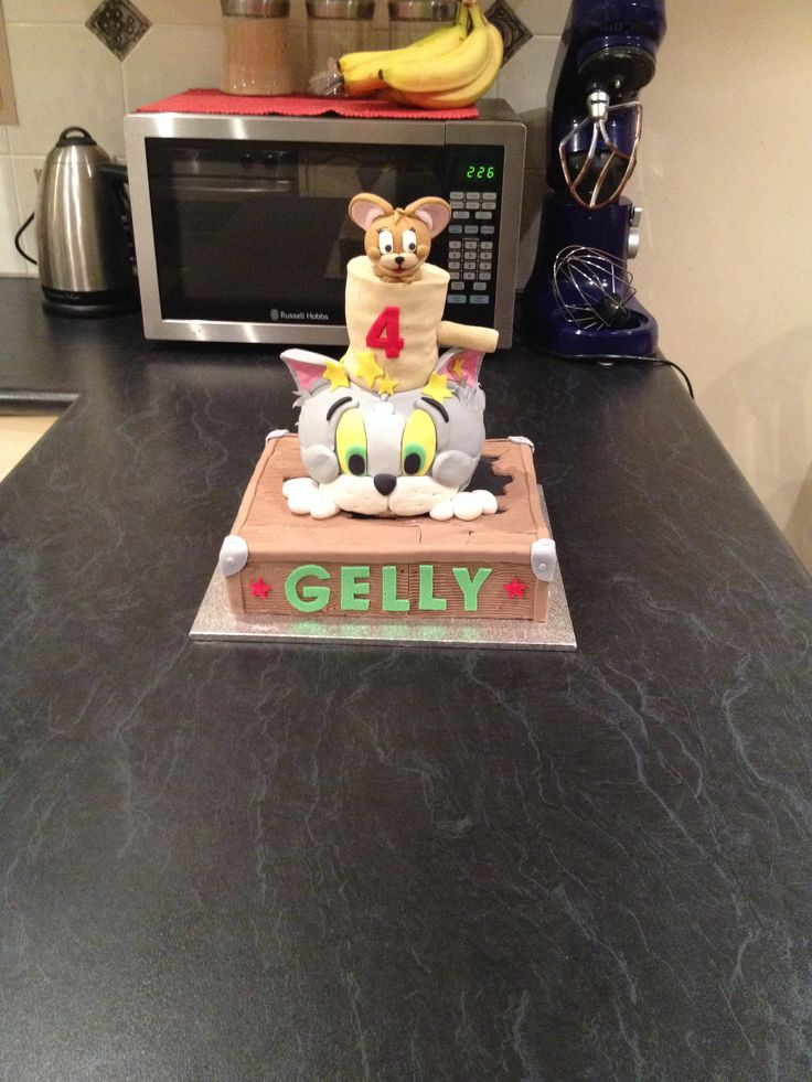 Cake Decorating Penrith : 83 best images about Cakes on Pinterest Minnie mouse ...