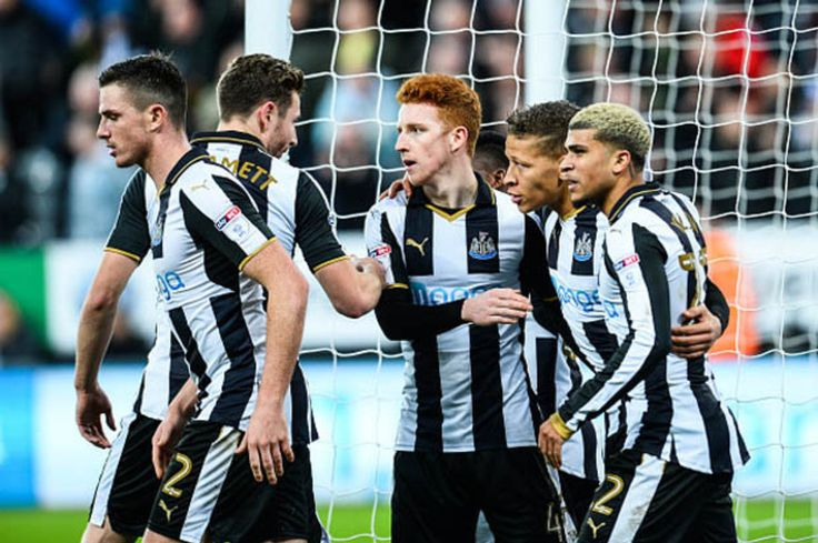 Newcastle 3 Nottingham Forest 1: Dwight Gayle bags double