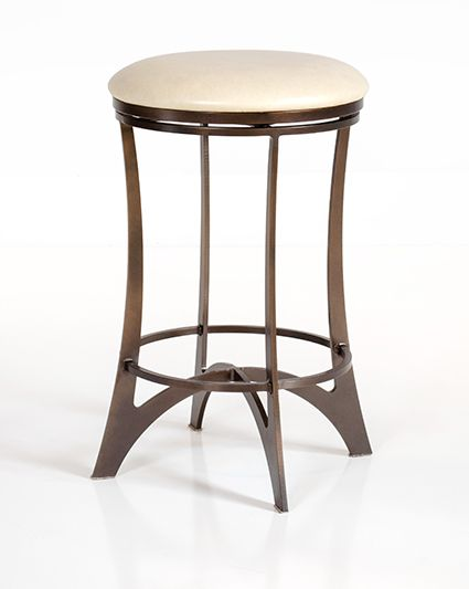 Die besten 25 Hocker mit fell Ideen auf Pinterest  : d6e32fb0054ef256aa730e3d431414d2 loft style fine furniture from www.pinterest.de size 425 x 533 jpeg 19kB