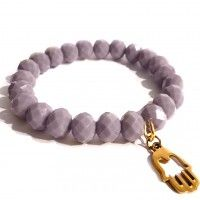 Handmade Bracelet - purple crystals with a gold-plated hamsa fatima hand. Find us on: www.labonita.co  order: labonita.bizu@gmail.com