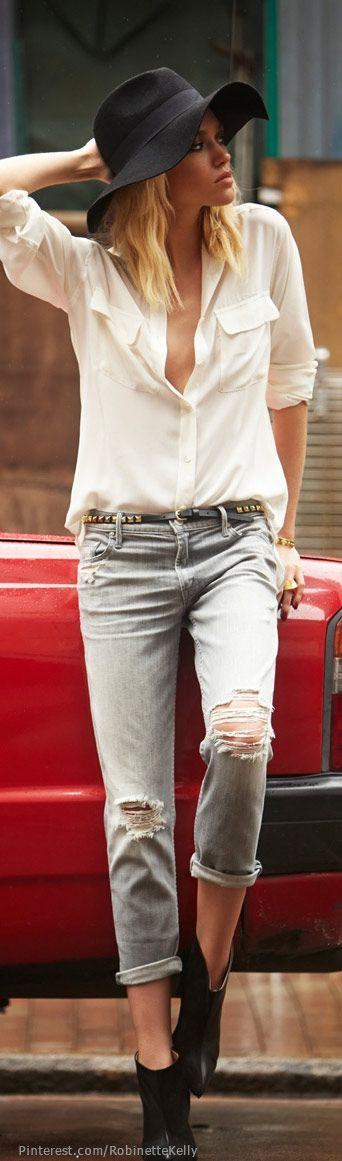 Street Style | Denim | More outfits like this on the Stylekick app! Download at http://app.stylekick.com