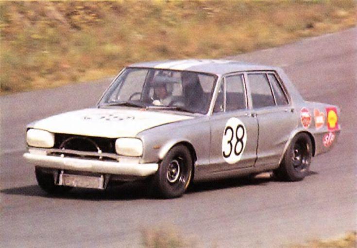 予選4位 No.38 歳森 康師 (SCCN) 「'69日本グランプリ」富士スピードウェイ サポートレースの「ツーリングカー(TS)レース」