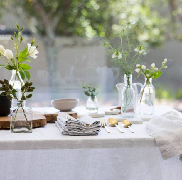 HOLIDAY HOSTING Cultiver Linen Table Cloth. Simple organic beautiful tablescape with linen, clear vases and fresh garden picked flowers.