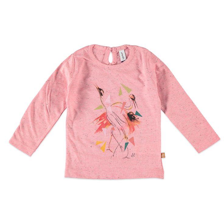 Babyface T-shirt met ronde hals en lange mouw voor meisjes in de kleur roze. Dit T-shirt van Babyface, uit de winter collectie, is gemaakt van katoen met polyester. Verkrijgbaar in de maten 68 t/m 104 en heeft achter bij de hals een splitje met knoopsluiting. Op de voorkant een grote print versierd met glitters en de uiteinden van de mouwen hebben een elastisch rimpel-effect.  Artikelnummer: 6208678 Seizoen: winter Leverancierskleur: 62 candy  Materiaal: 75% katoen, 25% polyester