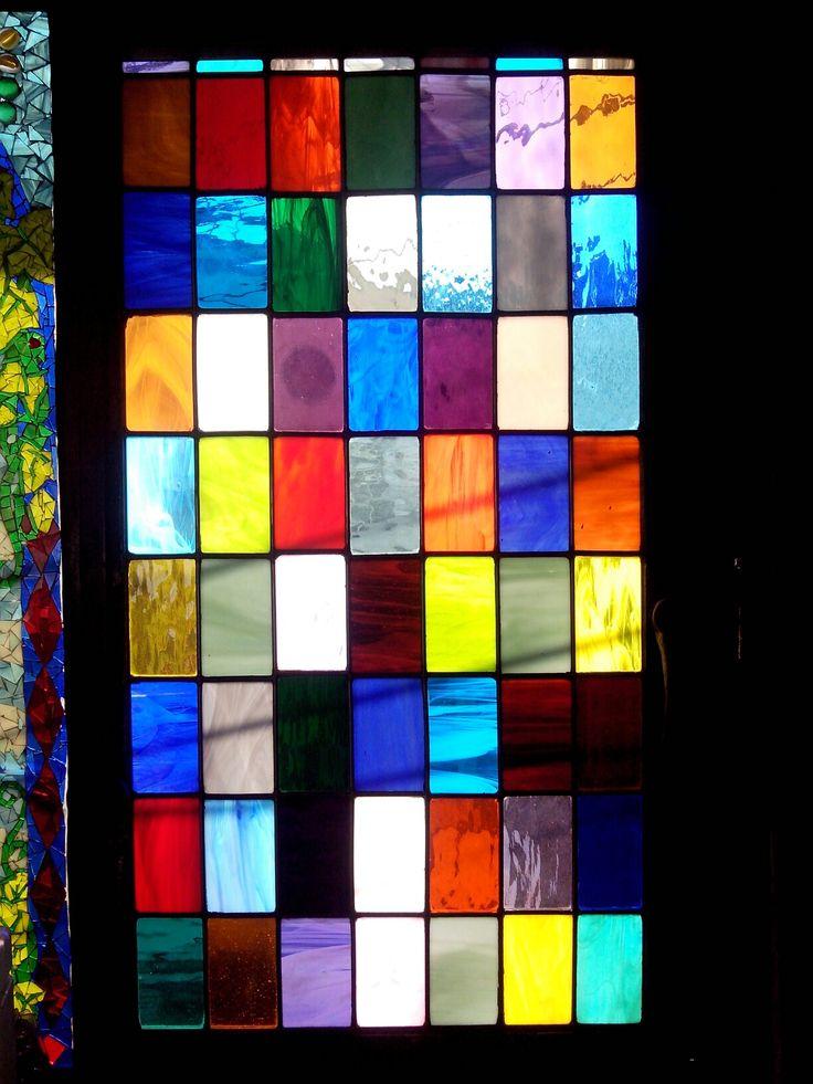 Ventanal muestrario de colores