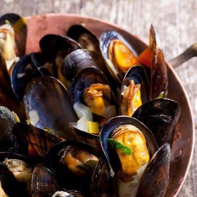 Mossels with french fries - From €19,99 NL: http://gr.pn/1kLQtGt FR: http://gr.pn/1kLQytK