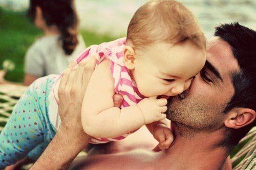 რატომ ჩნდება მამის ინსტინქტი დედობრივზე გვიან?