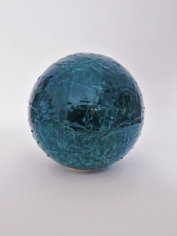 Tyrkysová koule se strukturou