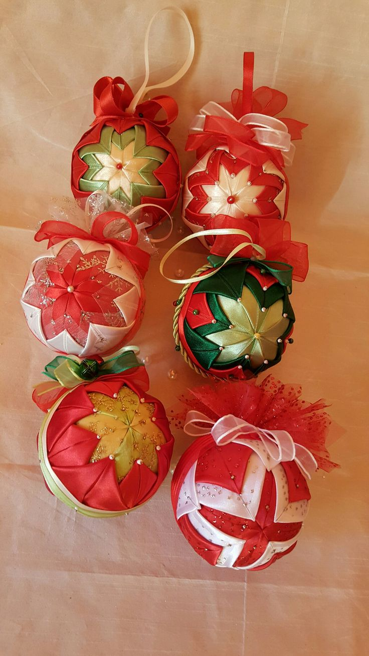 Quilted baubles