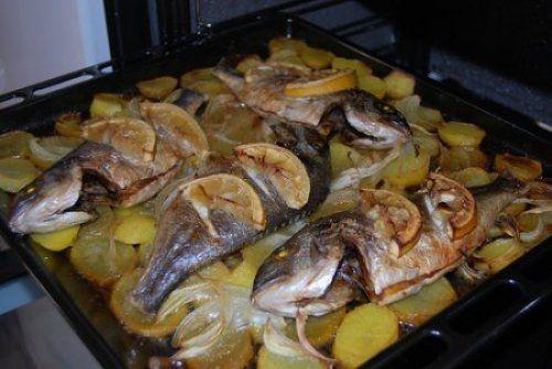 106 best recetas pescado images on pinterest spanish for Como cocinar pescado al horno