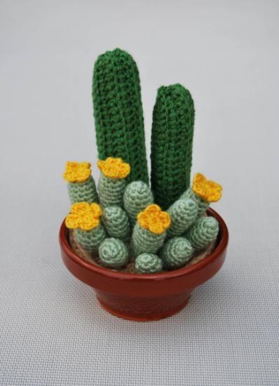 cactus que no pinchan  lana acrílica,relleno algodón sintético,maceta de barro ganchillo,crochet