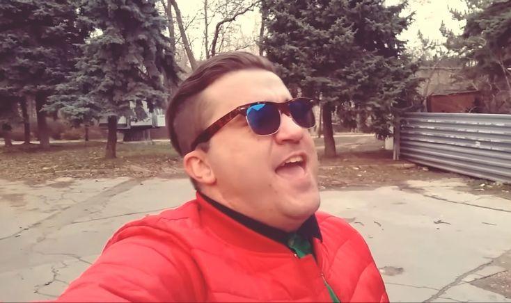 """Autorul proiectului Zdarova Natasha: """"Sunt un simplu băiat, care se duce cu troleibuzul la serviciu"""""""