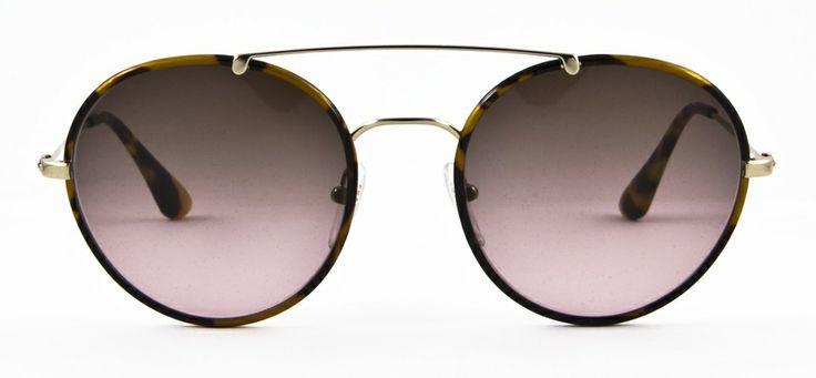 #loveyewear #prada www.loveyewear.se http://www.loveyewear.se/solglasogon/prada-pr-53ps-7s05p1-brun/