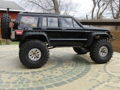 xj. jeep cherokee. https://www.pinterest.com/dapoirier/4x4-and-trucks/