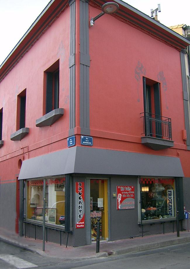 My Vintage shop.  110 Volts Boutique Vintage. MONTPELLIER France
