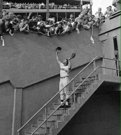 1962 Willie Mays returns to the Polo Grounds after the Giants move to San Francisco
