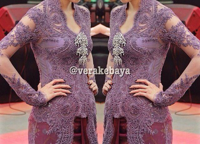 Lace purple kebaya