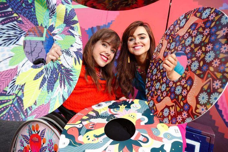 Красочные инвалидные коляски от двух сестер из Ирландии. — Vinegret