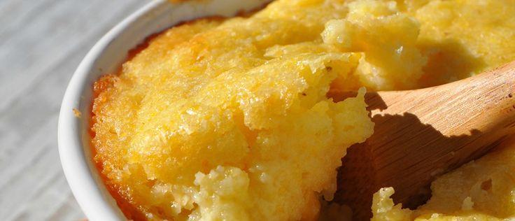 O bolo de milho tradicional é feito até de olhos fechados. Ignorando limites, temos que abrir mão desta delícia. A não ser que você siga a receita a seguir.