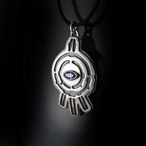 Code Lyoko: The Eye Of Xana Necklace Pendant by Matt Watkins. GIMME NOW!!!