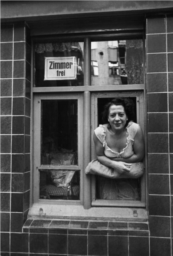 "David ""Chim"" Seymour     Hamburg, West Germany     1949"