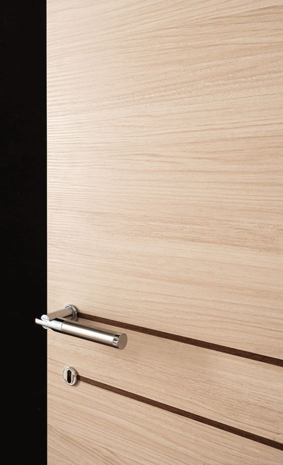 Sydney #Grafite is a line of minimalist products with synthetic finish. Despite their affordable #price, they boast blockboard #wood frames, minimalist concealed hinges, magnetic locks and synthetic finishes with structured scratch-resistant surface. These #doors come in three modern and trendy colours.The wood grain in relief creates mat and soft nuances that are pleasant to the touch and the sight. #Bertolotto #porte