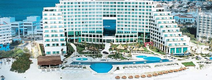 Live Aqua - Cancun Post: Os 5 melhores hotéis de Cancun http://dicasdeferias.com/2013/03/os-5-melhores-hoteis-em-cancun/ #dicasdeferias