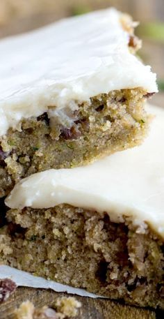 Zucchini Bars with Brown Butter Frosting Recipe ~ Delicious and moist zucchini…