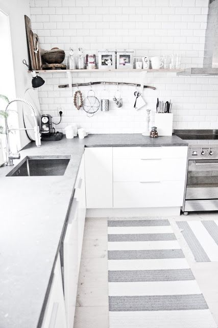 You can never go wrong with white in the kitchen.