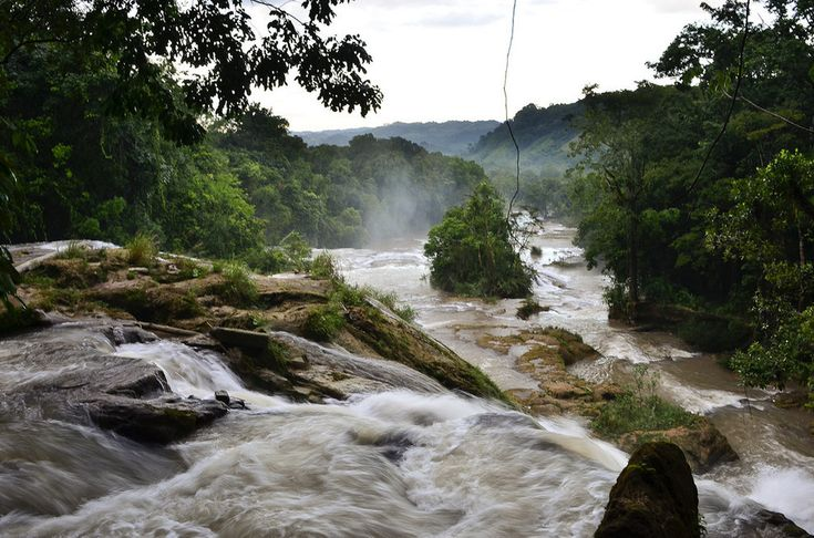 Cascadas de Agua Azul, Chiapas, México.
