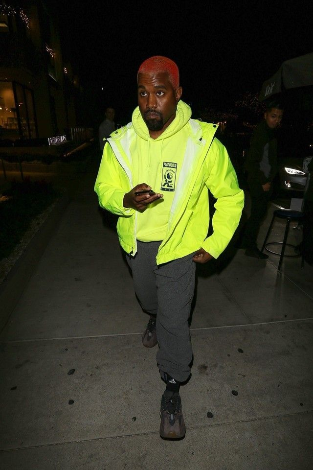 Kanye West Wearing Adidas Yeezy 700 Mauve Kanye West Outfits Kanye West Style Yeezy Fashion