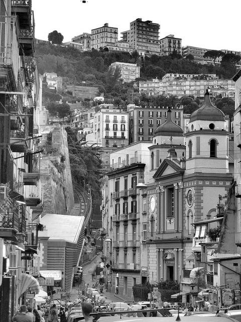 Napoli, Montesanto
