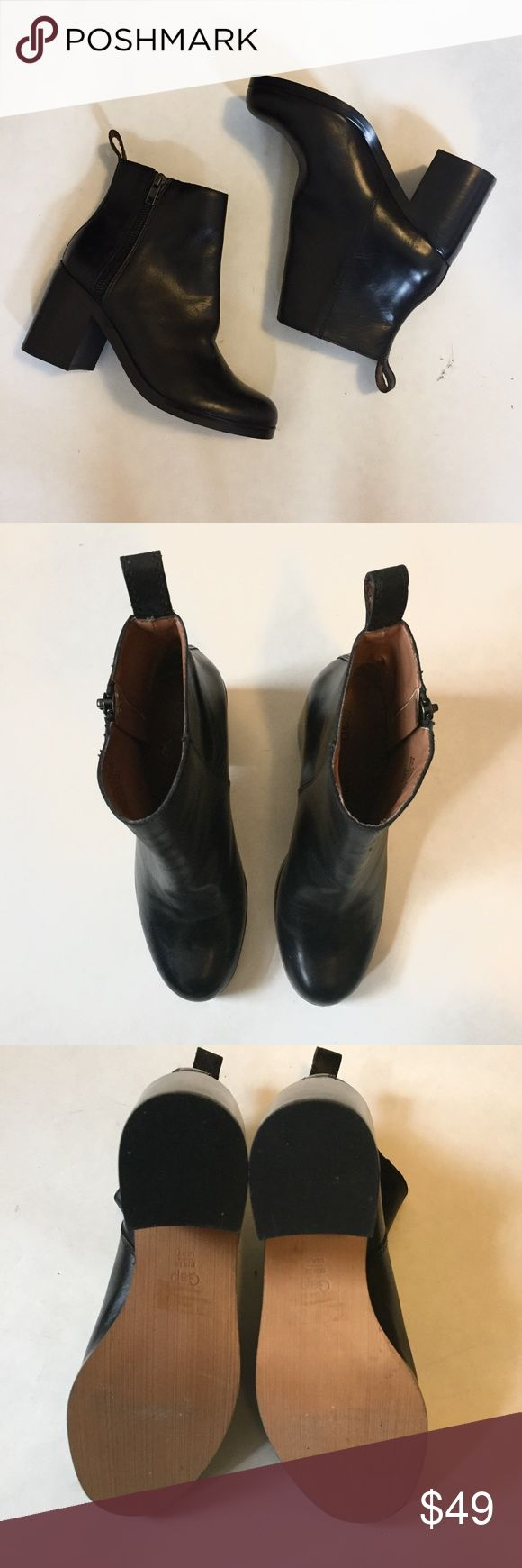 GAP Zip Heeled Ankle Bootie Black Leather 7 GAP zip heeled ankle bootie with rounded toe, side zip, and pull tab at the back. Leather upper with rubber outsole and stacked heel. Size 7. Only worn once so they're in great condition! GAP Shoes Ankle Boots & Booties