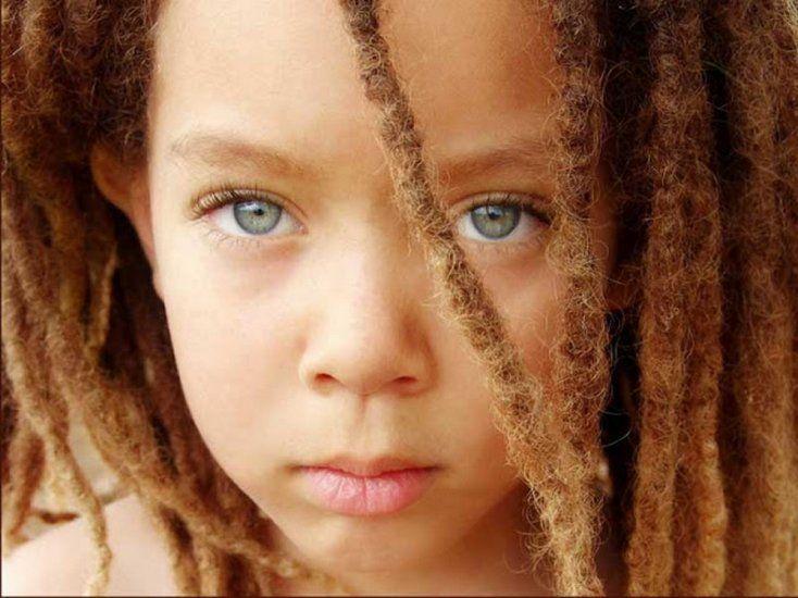 9 niños africanos con ojos impresionantes. Son sin duda los más bellos del mundo… - Para Los Curiosos