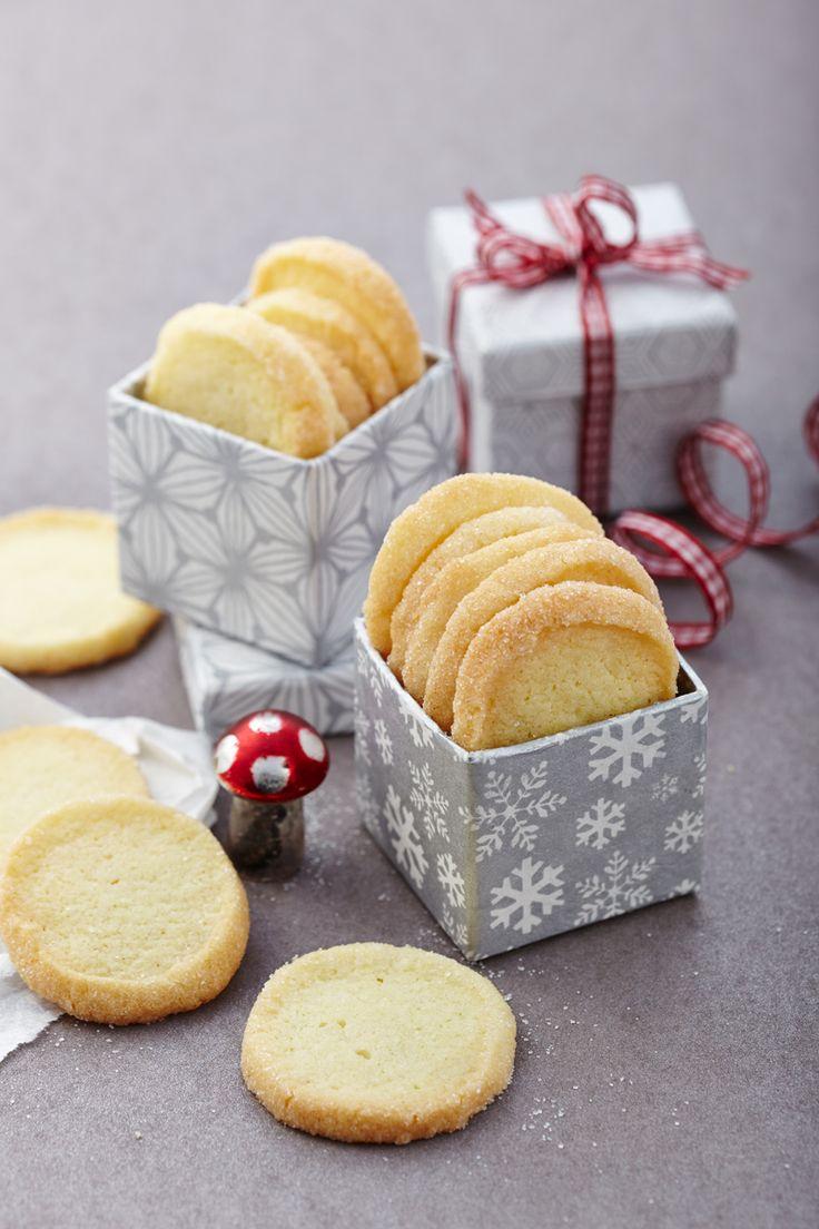 Knusprige Plätzchen für Weihnachten (Christmas Bake)