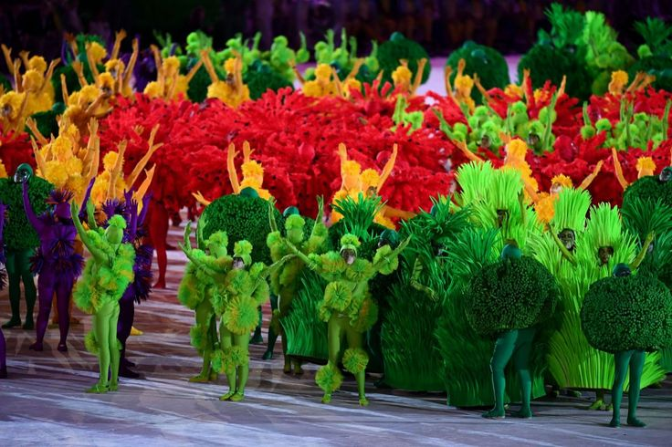 <p>Dancers perform during the Closing Ceremony on Day 16 of the Rio 2016 Olympic Games at Maracana Stadium on August 21, 2016 in Rio de Janeiro, Brazil. (Photo by David Ramos/Getty Images) </p>