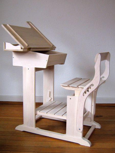 Tische - schulbank, kinderschreibtisch, schreibpult weiss - ein Designerstück von bobita bei DaWanda