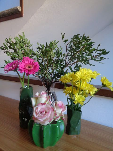 How to arrange a bunch of cheap flowers https://lefotodiluisella.blogspot.it/2017/03/composizione-floreale.html