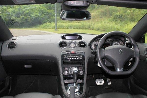 Langkah Sederhana Merawat Interior Mobil