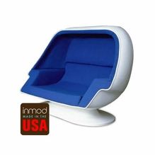 Beautiful Egg Pod Speaker Chair (For Two)
