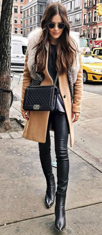 Paola Alberdi + classic winter style + faux fur stole trend + gorgeous beige coat + soft, timeless chic + faux fur collar + traditional Christmas aesthetic!   Coat: Rag & Bone, Shoes: Celine.